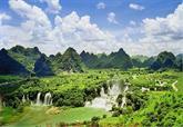Du lịch non nước Cao Bằng