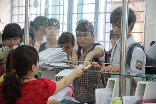 Nhiều trường ĐH cho phép nộp hồ sơ xét tuyển trực tuyến