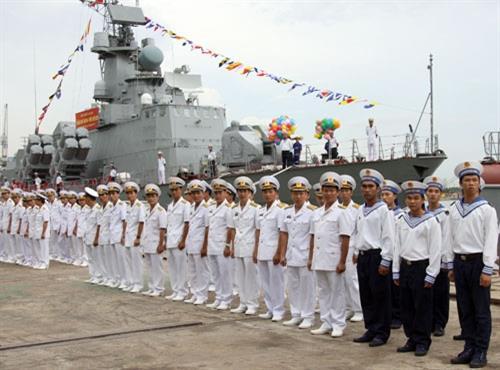 Đóng thành công nhiều loại tàu quân sự