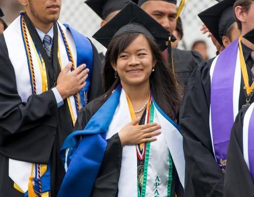 Nữ sinh gốc Việt được Harvard và 13 trường danh tiếng mời gọi