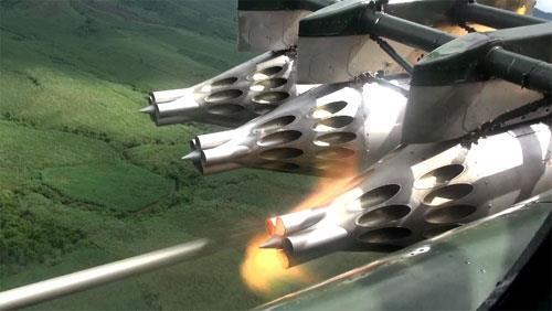 Hình ảnh không quân VN bắn rốc két diệt mục tiêu