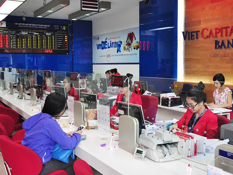 Ngân hàng lại rục rịch tăng lãi suất huy động VND