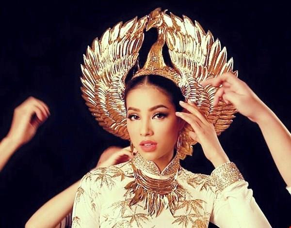 Chuyên gia sắc đẹp hàng đầu thế giới dự đoán Phạm Hương sẽ lọt top 5