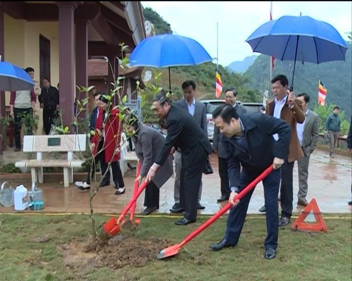 Đại tướng Lê Hồng Anh thăm quan Khu du lịch Thác Bản Giốc và chùa Phật Tích Trúc Lâm Bản Giốc