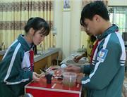 """Dự án """"Nguồn sáng bản em"""" của nhóm học sinh tỉnh Cao Bằng đạt giải Ba Cuộc thi Sáng tạo khoa học kỹ thuật cấp quốc gia năm 2016"""