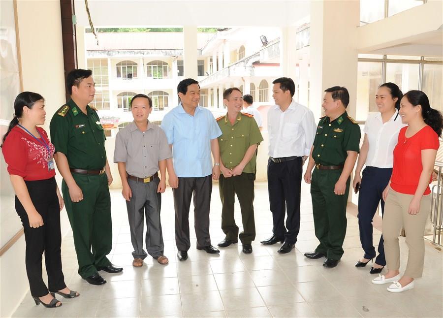 Ứng cử viên đại biểu Quốc hội khóa XIV tiếp xúc cử tri huyện Bảo Lâm
