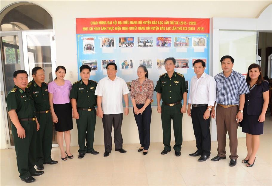 Ứng cử viên đại biểu Quốc hội khóa XIV tiếp xúc cử tri huyện Bảo Lạc