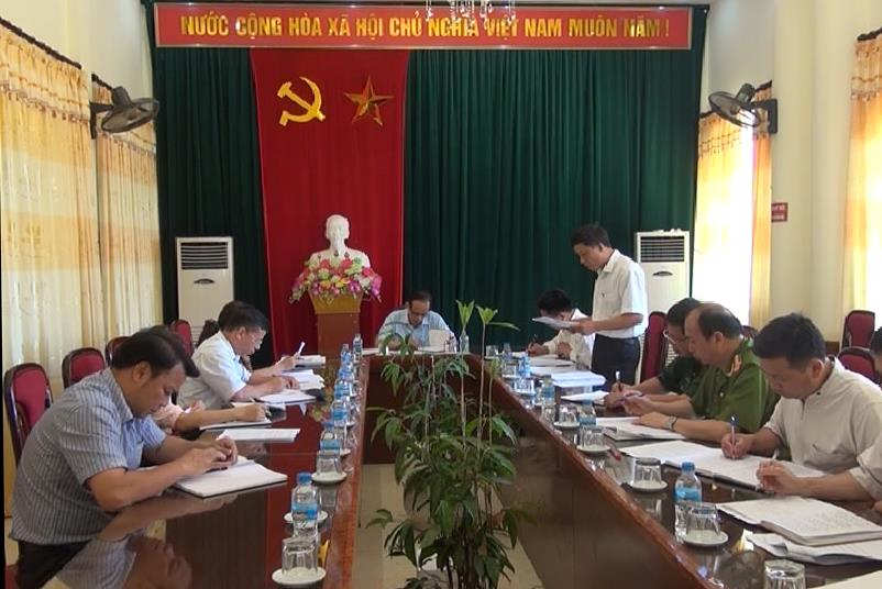 Phó Chủ tịch UBND tỉnh kiểm tra công tác bầu cử tại huyện Nguyên Bình