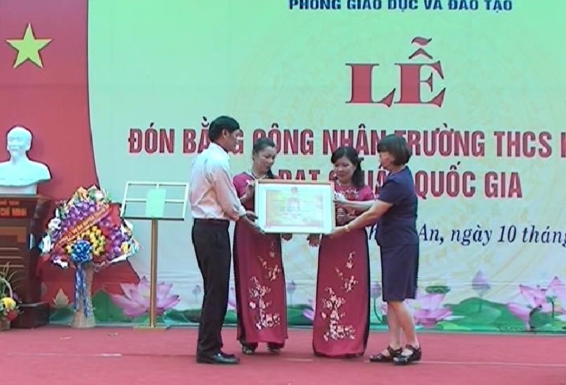 Thạch An: Trường Trung học cơ sở Kim Đồng đón bằng công nhận trường chuẩn Quốc gia