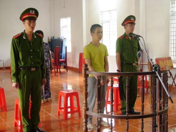 Phục Hòa, Thạch An, Thông Nông: Xét xử lưu động 5 vụ án hình sự