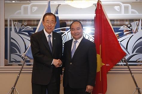 Thủ tướng hội kiến Tổng thư ký Liên Hợp Quốc, Tổng thống Sri Lanka