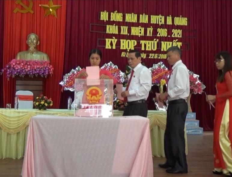 Hà Quảng: Bầu các chức danh chủ chốt HĐND, UBND huyện