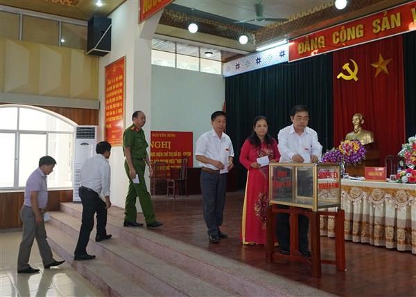 Đồng chí Đinh Ngọc Lang được bầu giữ chức Chủ tịch HĐND huyện Nguyên Bình