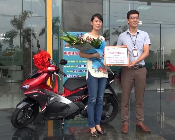 Viettel trao thưởng cho khách hàng may mắn