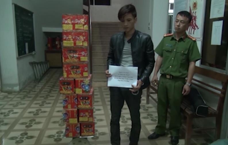 Phục Hòa: Bắt giữ đối tượng vận chuyển 39 kg pháo Trung Quốc nhập lậu