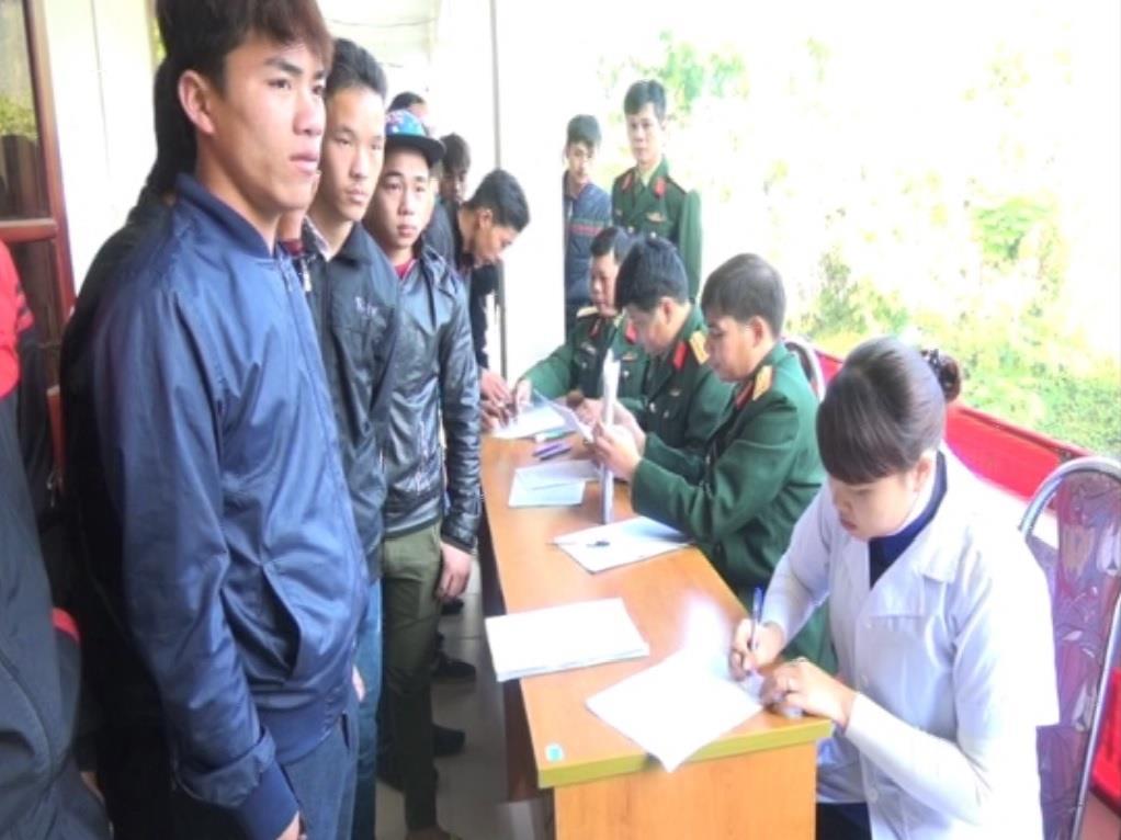 Hà Quảng: 195 thanh niên được khám sức khỏe nghĩa vụ quân sự