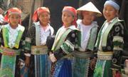 Nét đẹp trang phục phụ nữ dân tộc Mông