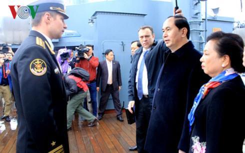 Chủ tịch nước thăm Saint Petersburg (LB Nga)