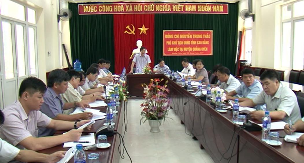 Phó Chủ tịch UBND tỉnh Nguyễn Trung Thảo kiểm tra công tác xây dựng nông thôn mới tại huyện Quảng Uyên