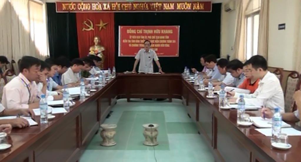 Phó Chủ tịch UBND tỉnh Trịnh Hữu Khang kiểm tra thực hiện các chương trình hỗ trợ giảm nghèo tại huyện Bảo Lâm