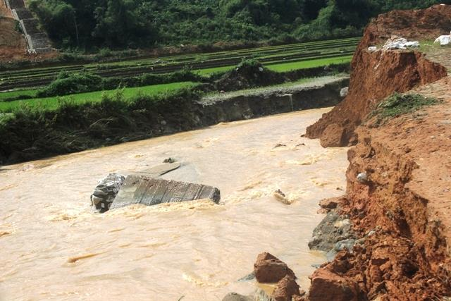 Công điện của Chủ tịch UBND tỉnh về việc ứng phó với mưa lũ do ảnh hưởng của hoàn lưu bão số 7 năm 2017