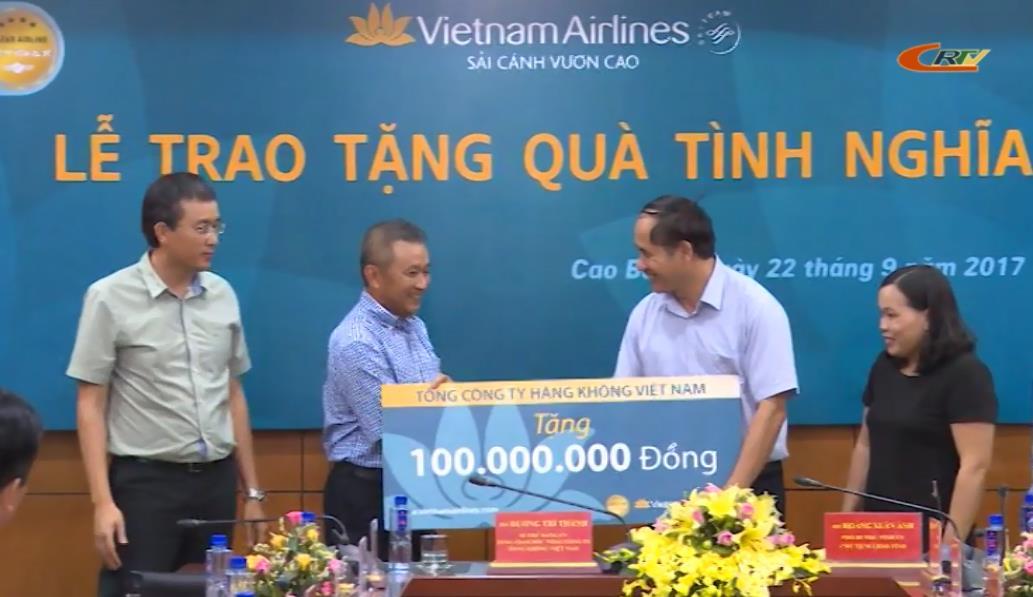 Tổng Công ty Hàng không Việt Nam: Hỗ trợ 150 triệu đồng cho người nghèo và trẻ khuyết tật tỉnh Cao Bằng