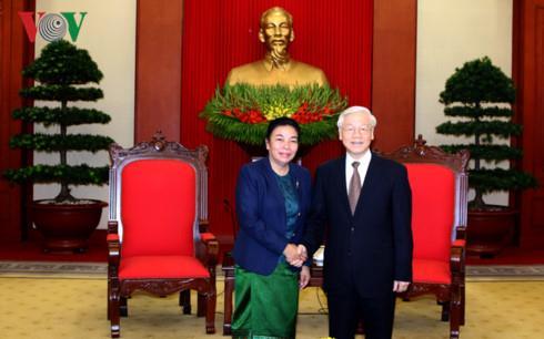 Tổng Bí thư tiếp đoàn đại biểu Ban Đối ngoại Trung ương Đảng NDCM Lào