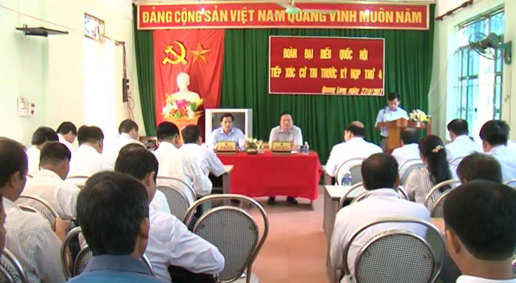 Đoàn ĐBQH tỉnh tiếp xúc cử tri xã Quang Long, huyện Hạ Lang