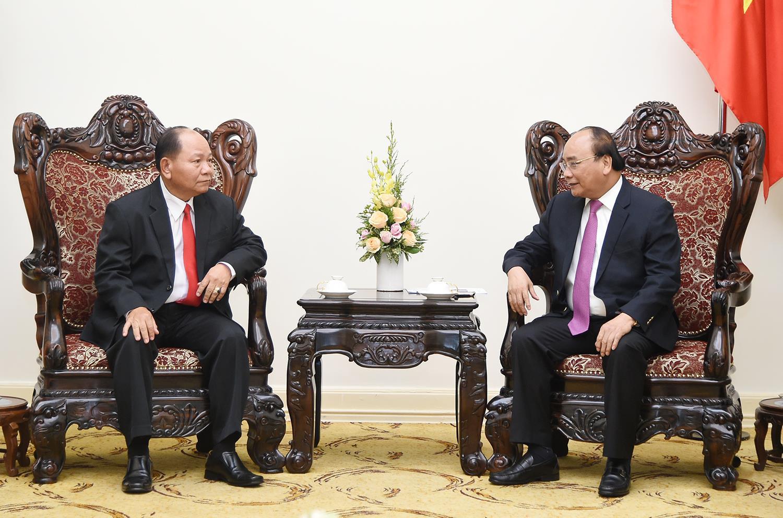 Thủ tướng Nguyễn Xuân Phúc tiếp Bộ trưởng Nội vụ Lào