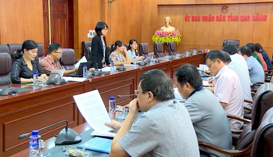 """Khảo sát, thu thập thông tin cho đề tài """"Luận cứ khoa học cho sự hình thành và phát triển các khu kinh tế qua biên giới ở Việt Nam"""" tại tỉnh Cao Bằng"""