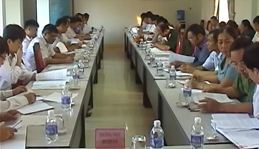 Huyện ủy Hạ Lang: Giao ban quý III với các chi, đảng bộ trực thuộc