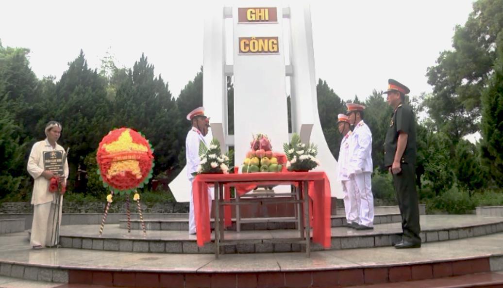 Thành phố: Tổ chức Lễ an táng hài cốt liệt sỹ Đoàn Cảnh Đinh