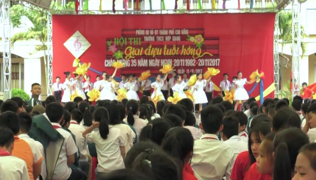 """Hội thi """"Giai điệu tuổi hồng"""" chào mừng kỷ niệm 35 năm Ngày Nhà giáo Việt Nam 20/11"""