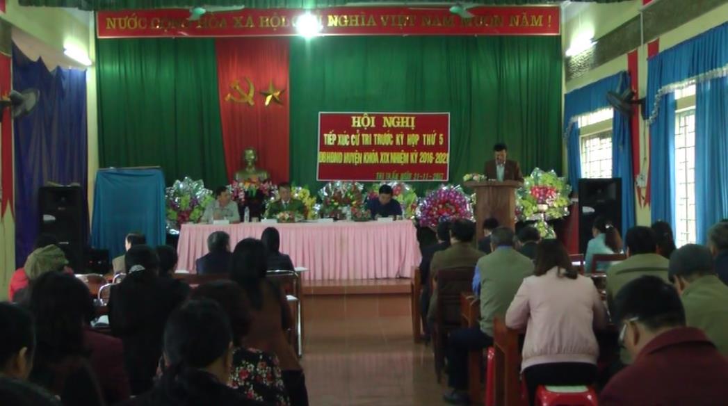Đại biểu HĐND huyện Bảo Lạc tiếp xúc cử tri thị trấn Bảo Lạc