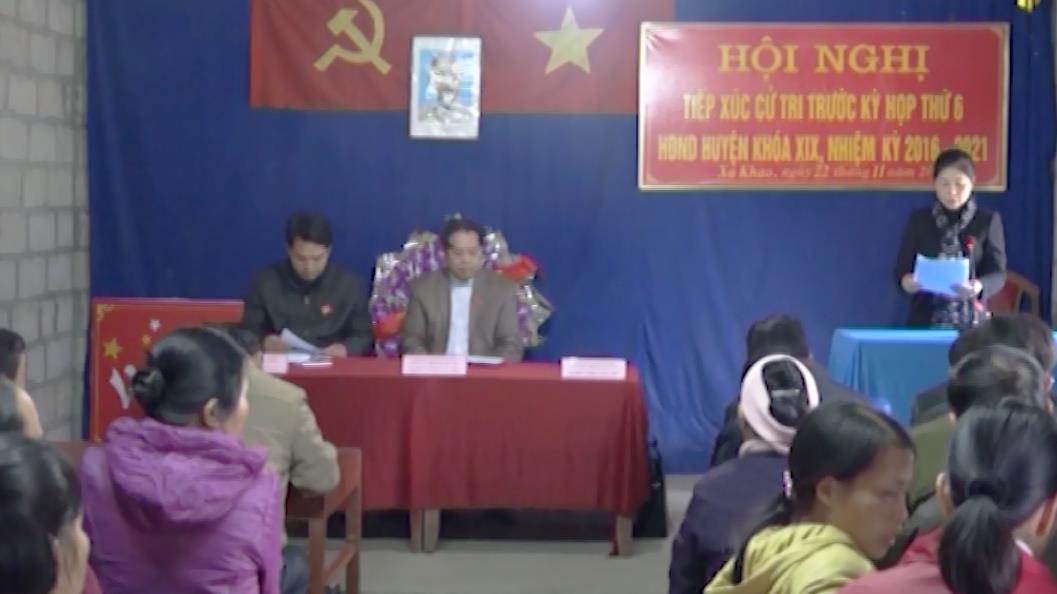 Đại biểu HĐND huyện Quảng Uyên tiếp xúc cử tri thị trấn Quảng Uyên