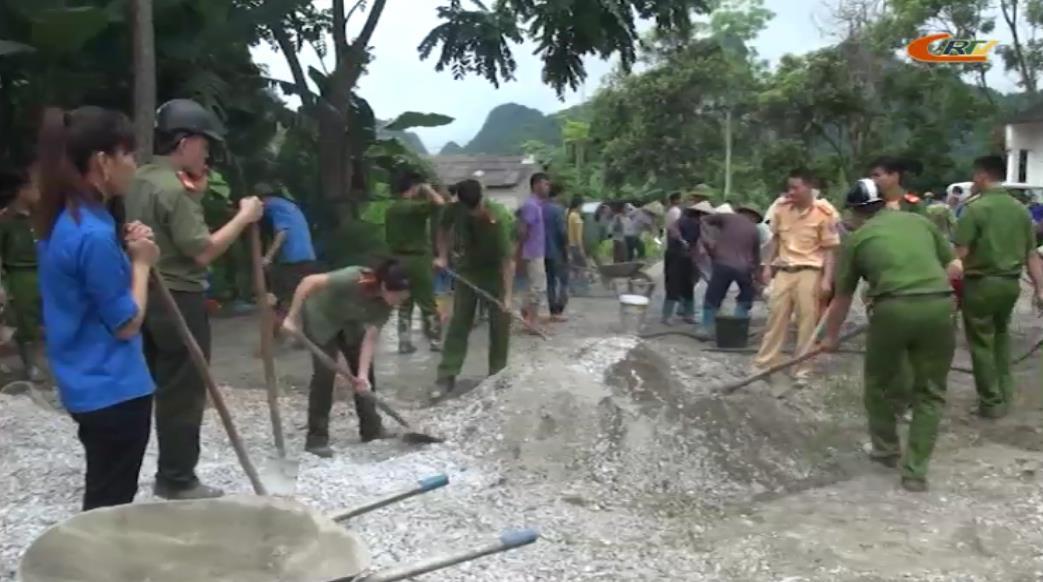 Tuổi trẻ Phục Hòa chung sức xây dựng nông thôn mới