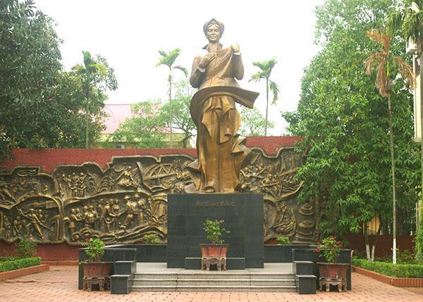 Trưng bày tượng phù hợp với văn hóa Việt Nam