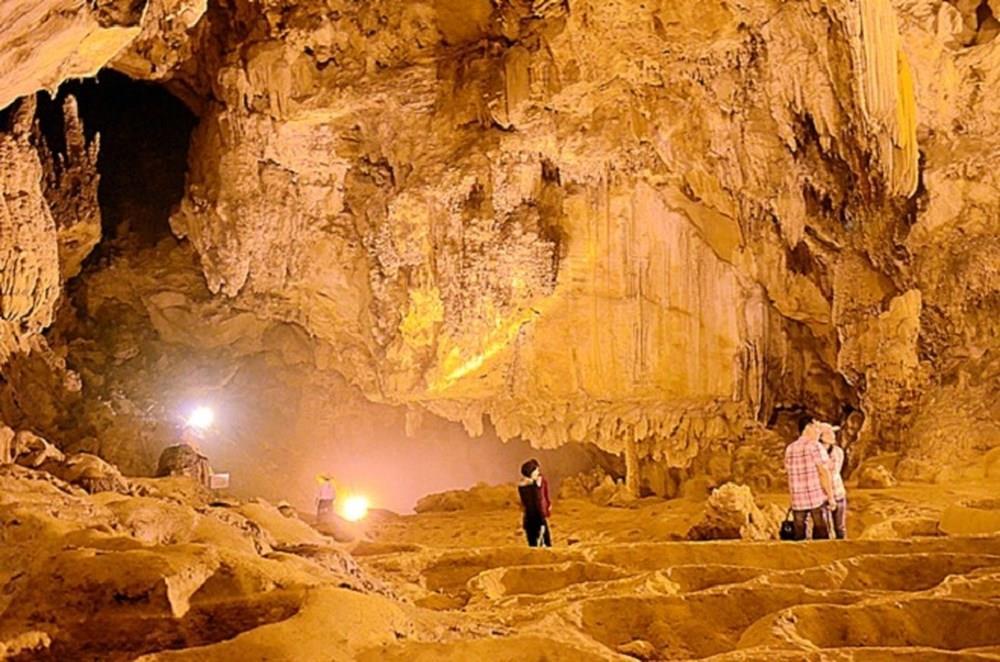 Những lưu ý khi khám phá hang động