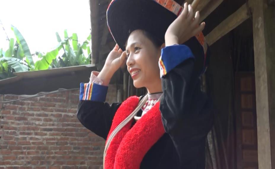 Nét đặc sắc trong trang phục dân tộc Dao Đỏ