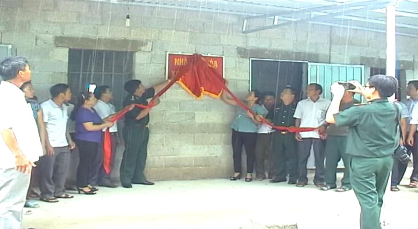 Đồn Biên phòng Thị Hoa chung sức xây dựng nông thôn mới