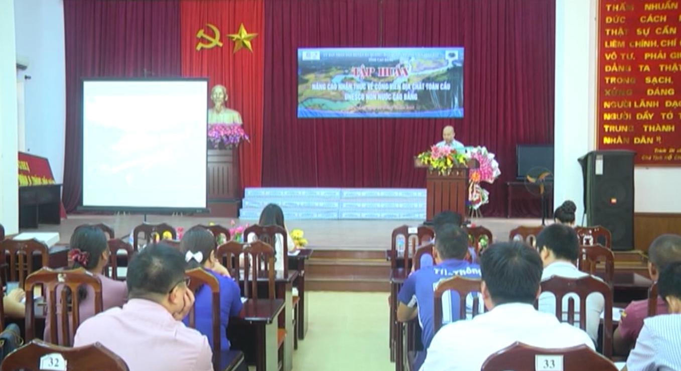 Hà Quảng: Tập huấn nâng cao nhận thức về Công viên địa chất toàn cầu UNESCO Non nước Cao Bằng