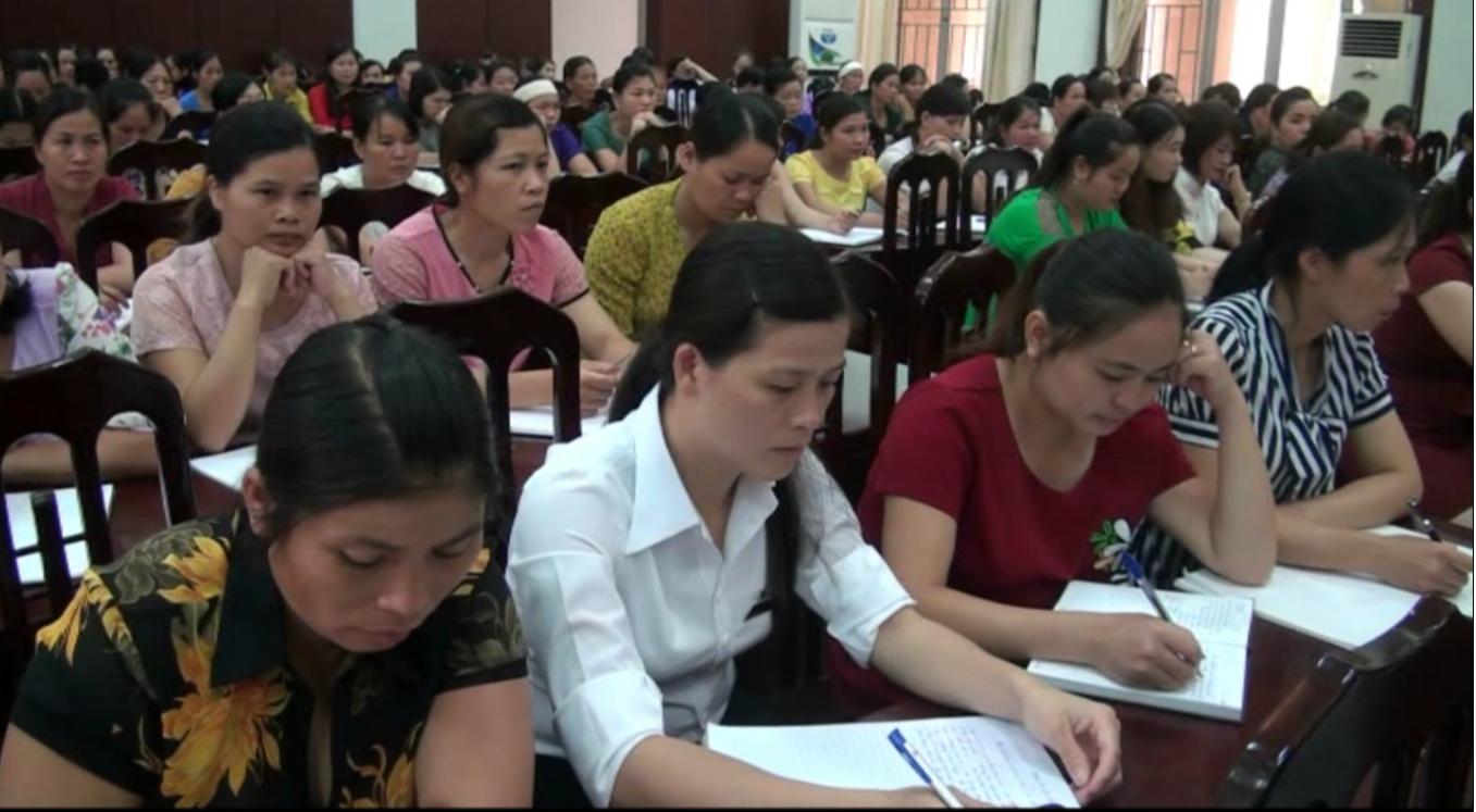 Trùng Khánh: Bồi dưỡng chính trị cho cán bộ quản lý và giáo viên