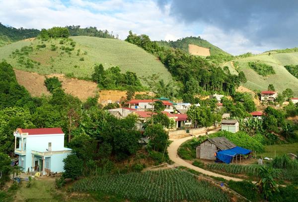 Hoàn thiện Đề án hỗ trợ thôn, bản khó khăn xây dựng nông thôn mới