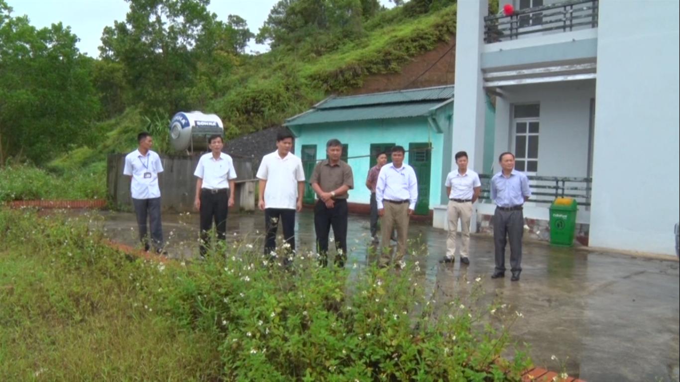 Đoàn công tác của tỉnh kiểm tra tiến độ xây dựng nông thôn mới tại xã Quang Hán (Trà Lĩnh)