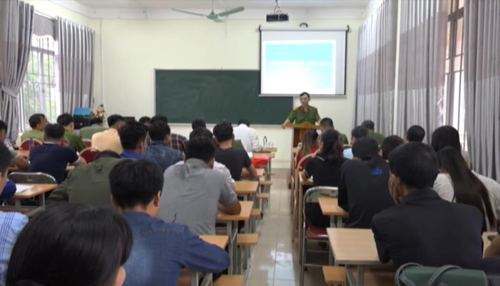 Thạch An: Tuyên truyền, giáo dục pháp luật về an ninh trật tự tại Trung tâm Giáo dục nghề nghiệp - Giáo dục thường xuyên