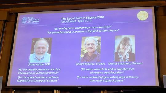 Nobel Vật lý 2018 vinh danh phát minh trong lĩnh vực vật lý laser