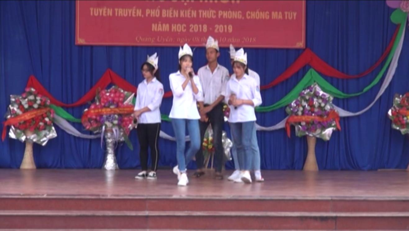 Trường THPT Quảng Uyên: Ngoại khóa tuyên truyền, phổ biến kiến thức về phòng, chống ma túy và các tệ nạn xã hội