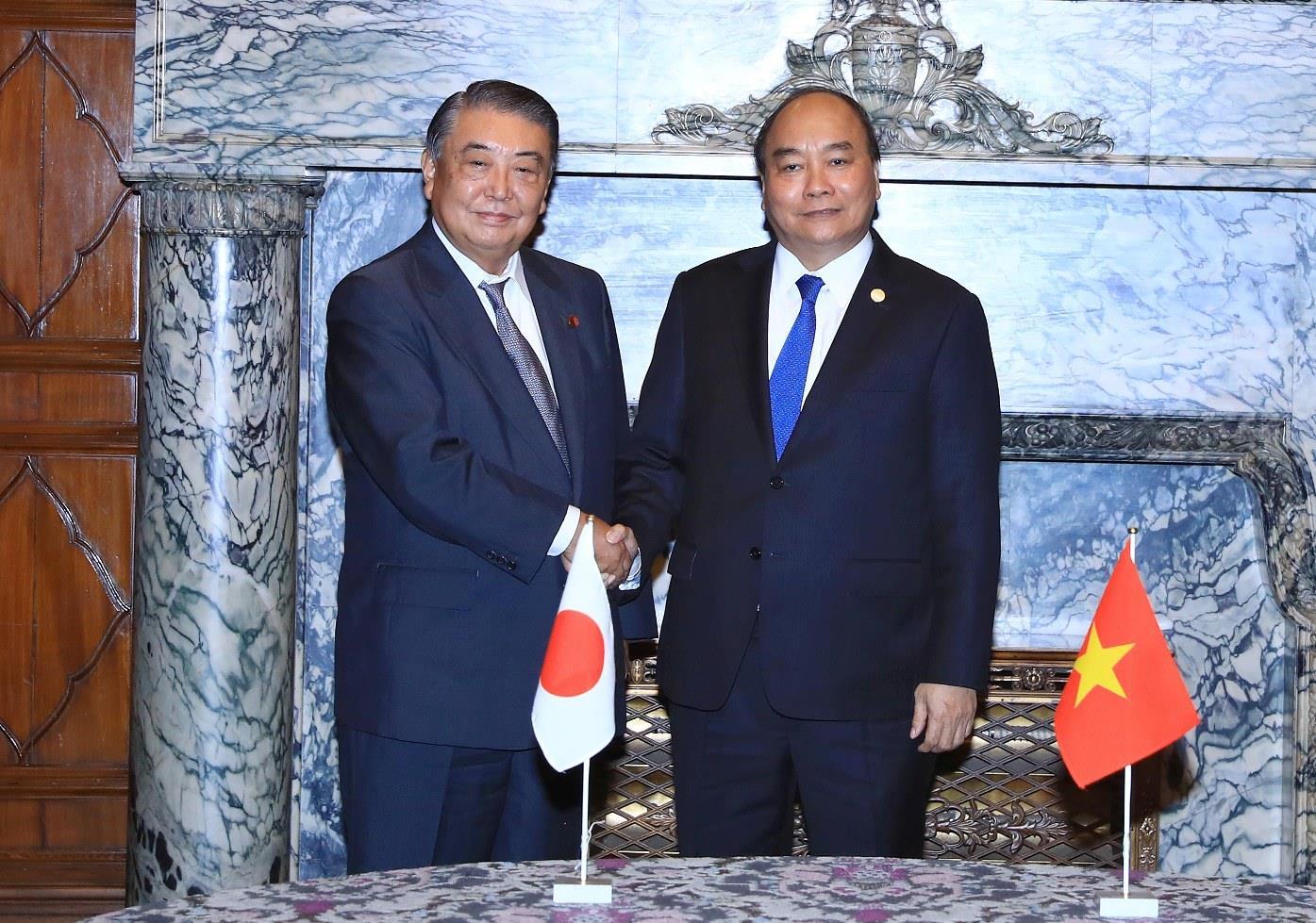 Thủ tướng hội kiến Chủ tịch Hạ viện và Thượng viện Nhật Bản