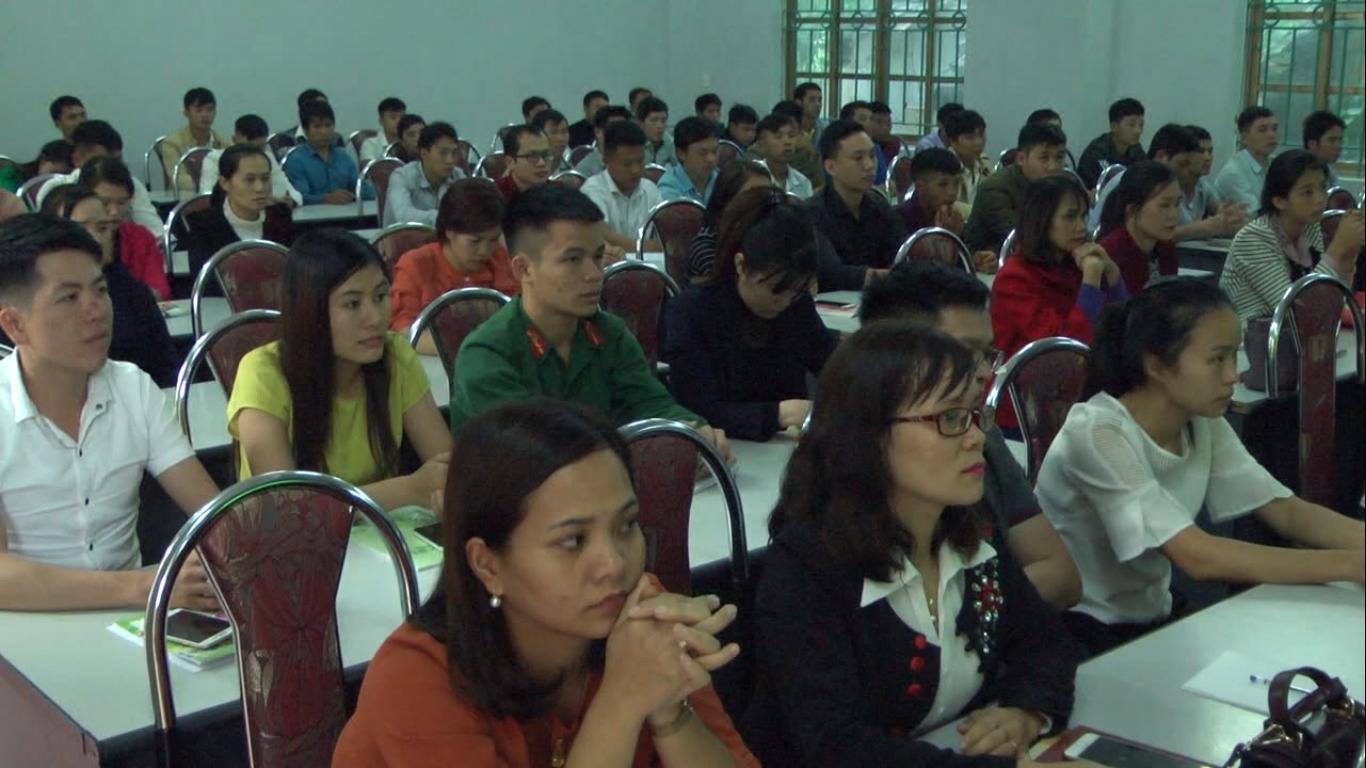 Bảo Lạc: Bồi dưỡng lý luận chính trị cho 96 đảng viên mới