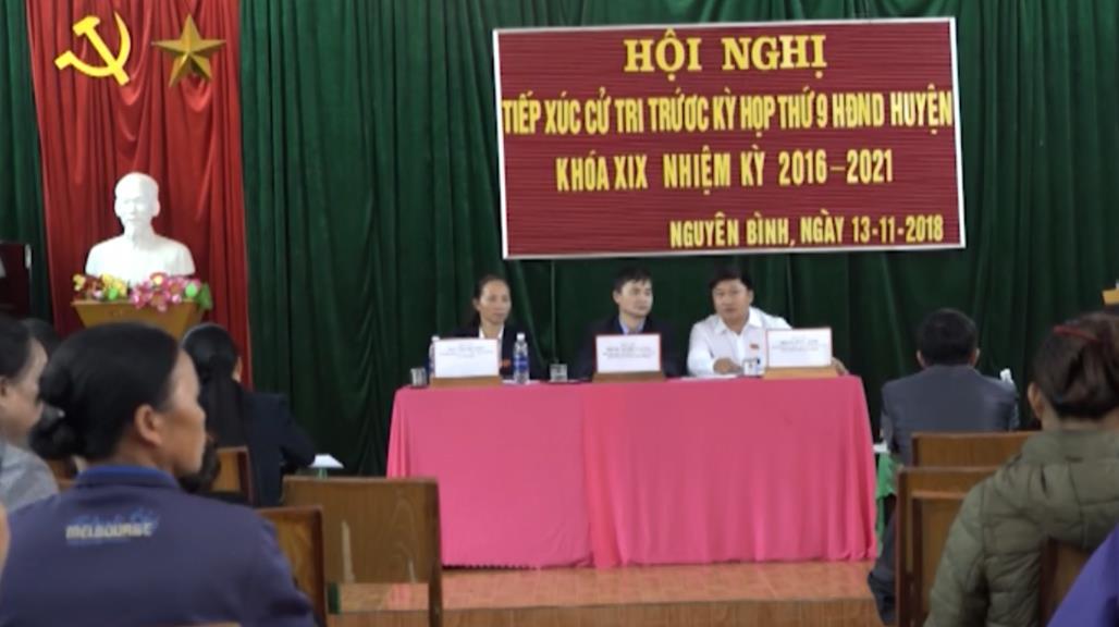 Đại biểu HĐND huyện Nguyên Bình tiếp xúc cử tri